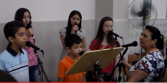 Domingo de Ramos - Coral Infantil - 2015